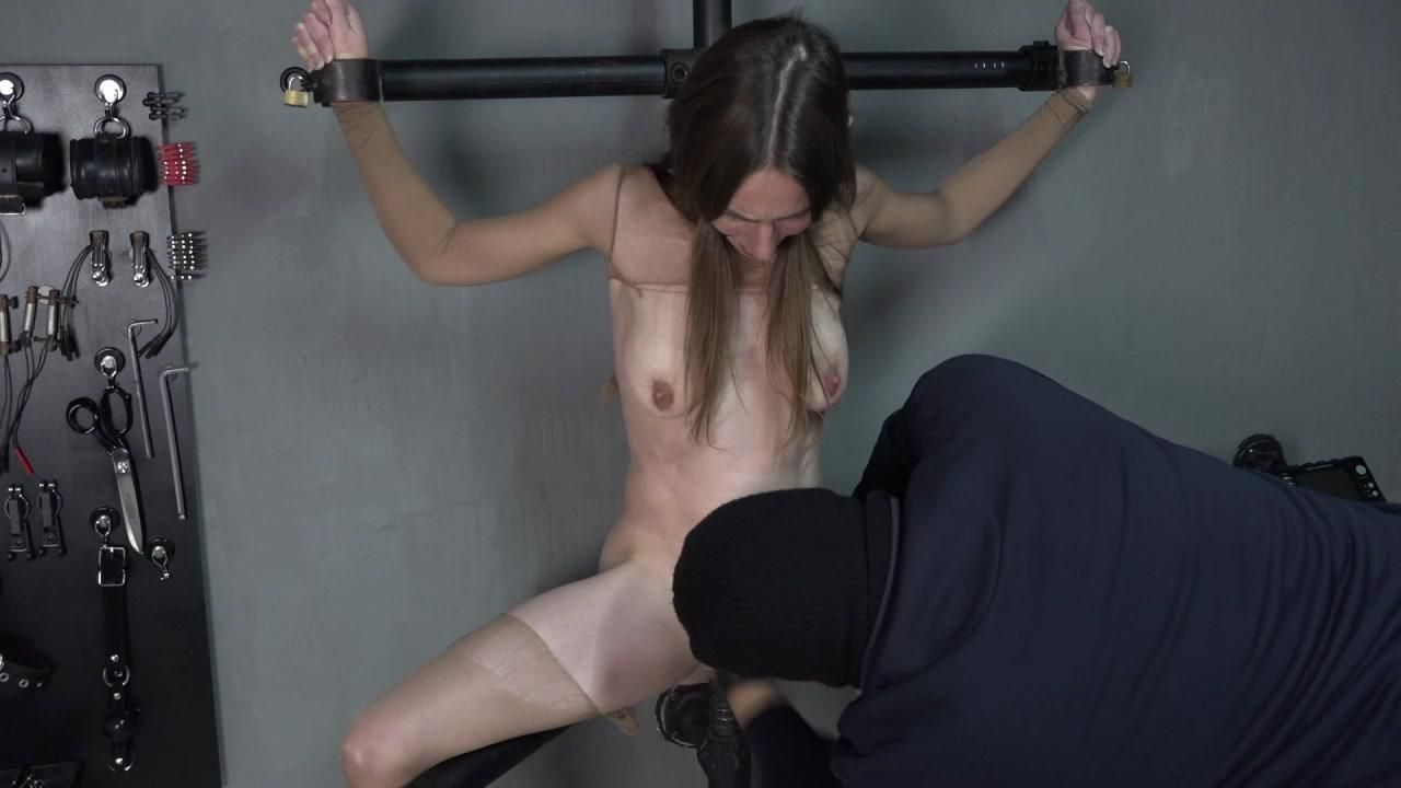 Nylongirl is fisted