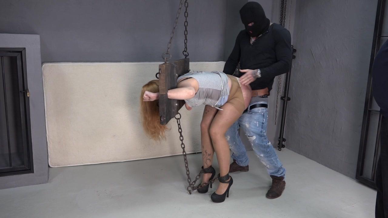 Samira wird gefickt