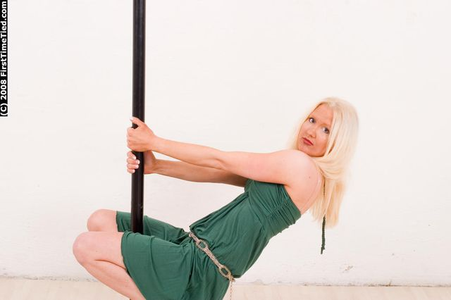 MONICA TIGHTLY ELLBOW TIED AND BALLGAGGED IN THE STUDIO