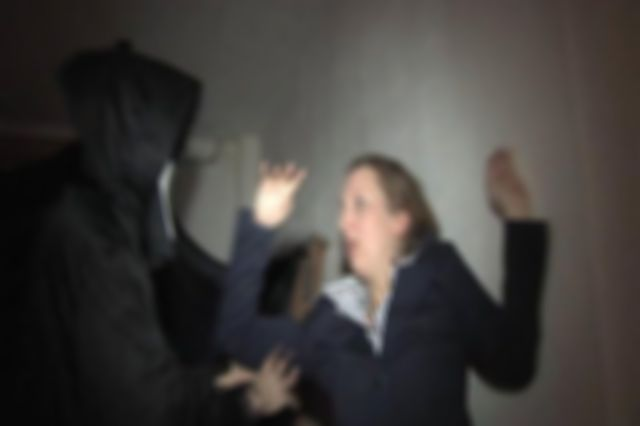 BELLA IN SCREAM 1