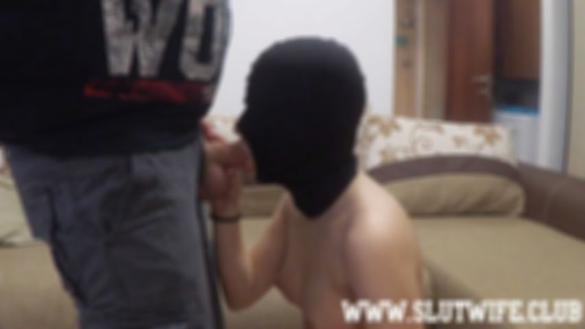 [Blow'n'Gag] Masked Aprill gags hard on my dick during this deepthroat training