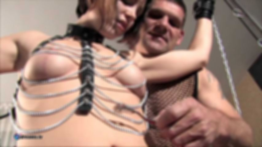 Tina's Submissively Couple Play