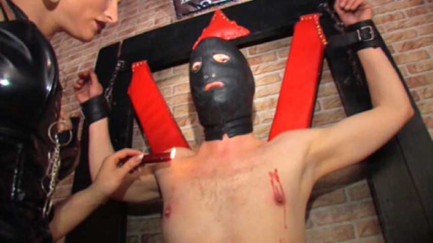 Syonera von Styx - Extreme dick and nipples play Part 1