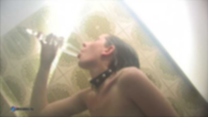 Yasemin's Hot Shower Masturbation