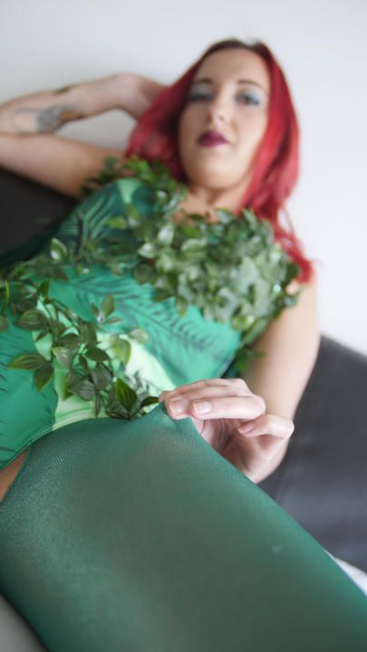 Pictures of Anais Latour Poison Ivy