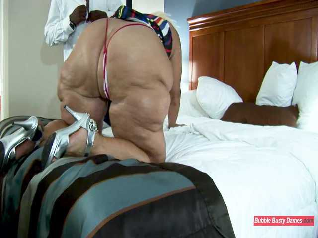 MORE SERVICE THAN NECESSARY 2  - AMBER CONNERS EXTENTED CLIP 1