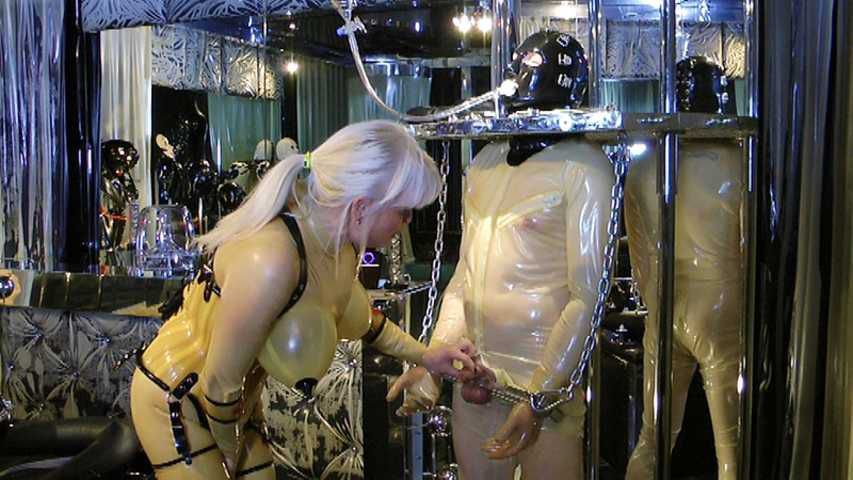 Madame Gillette - 2 Rubbertoys to play Part1