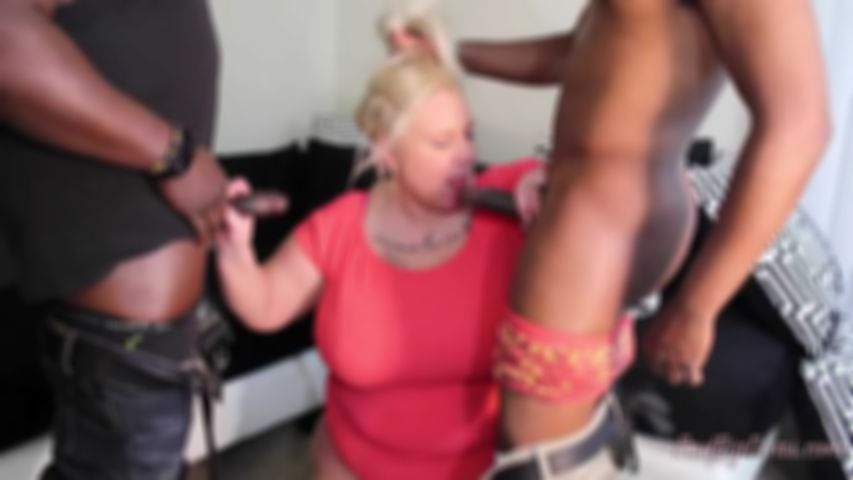 MORE SERVICE THAN NECESSARY 2 - FOXY KITTY Clip 2
