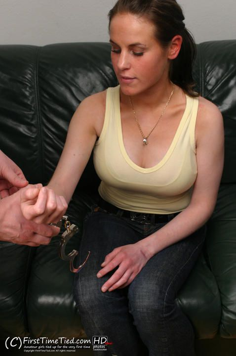 Elin handcuffed for the very first time - 1