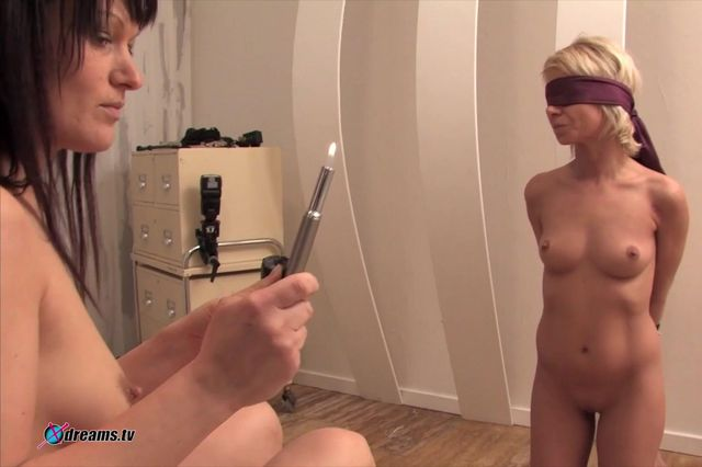 Submissive Lesbian Domina Control Her Slave