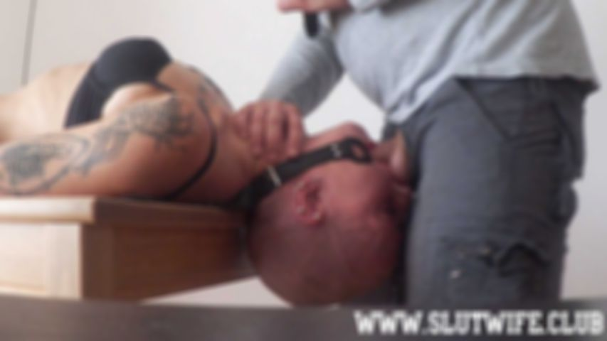 [Blow'n'Fuck] Vilja is put on a table and used like a slut with bondage, face slapping, sloppy deepthroat and pussy banging