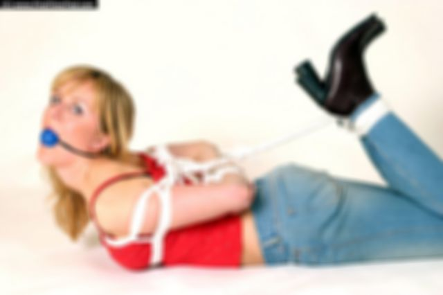 ANKI HOGTIED IN THE STUDIO