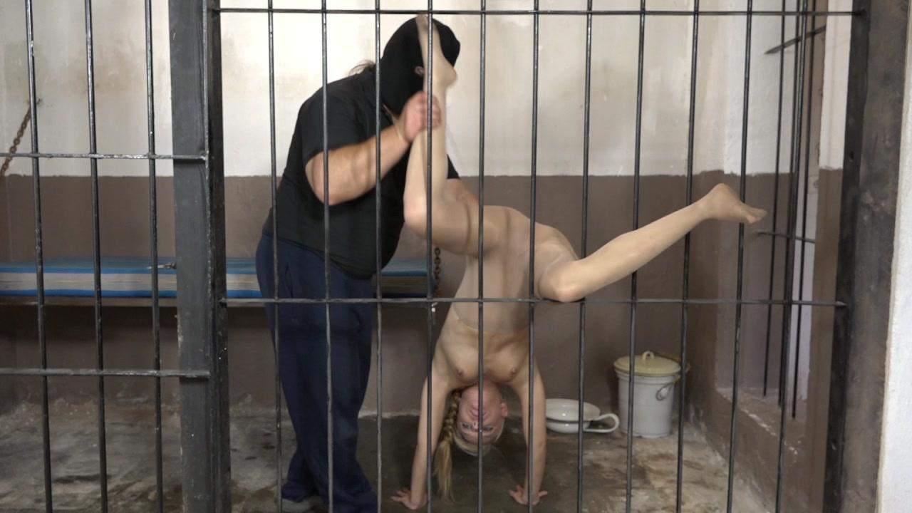 Lollicoon - peeing