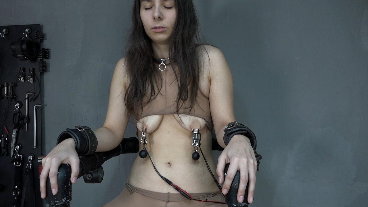Aijana on the electric chair
