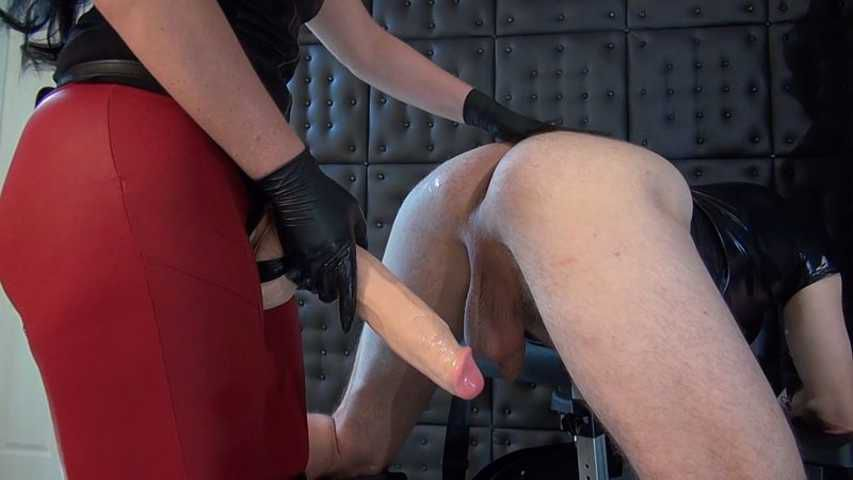 Lady Luciana - Your ass is next!