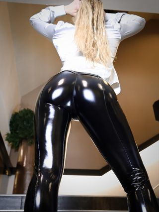 Schwarze Shiny Leggings