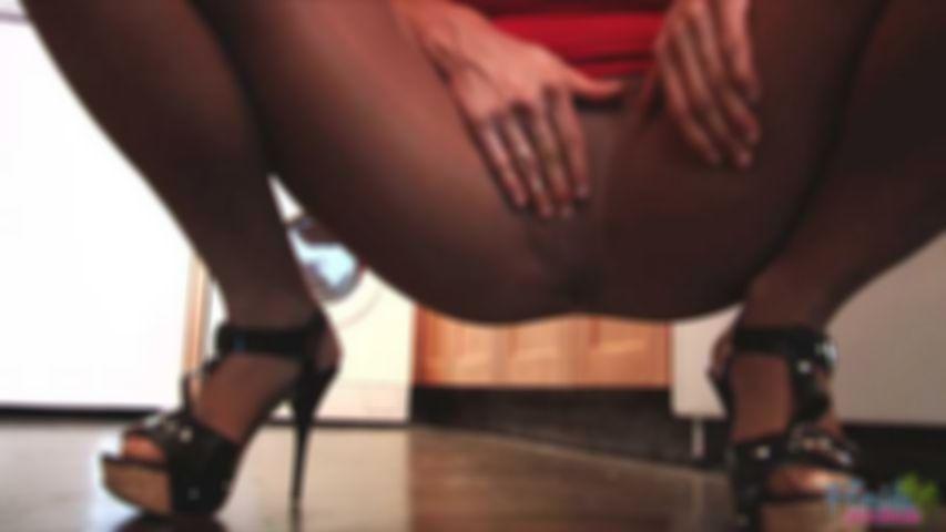 Kinky Big Boobs Milf In Pantyhose
