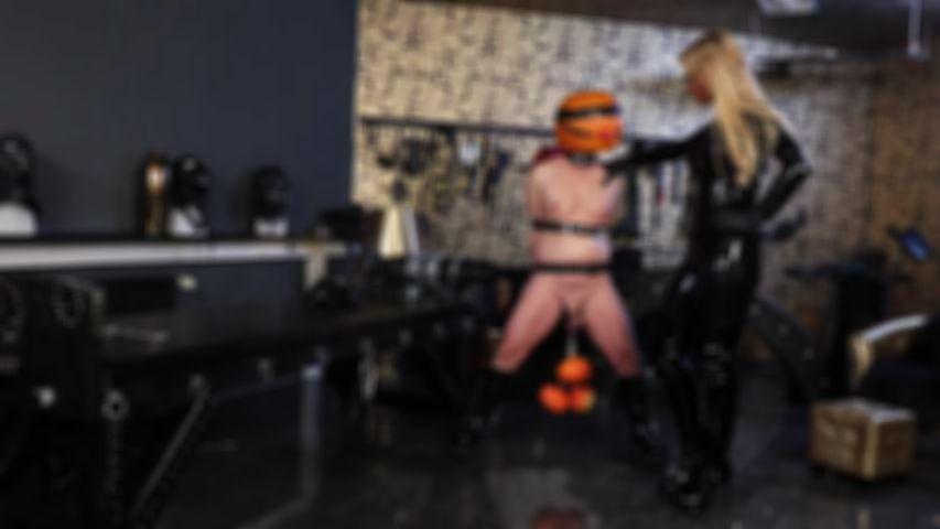 Mein Halloween Sklave