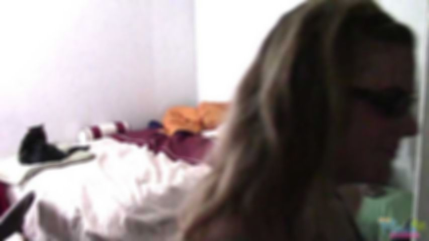 Kendra Lynn in the Morning - HD