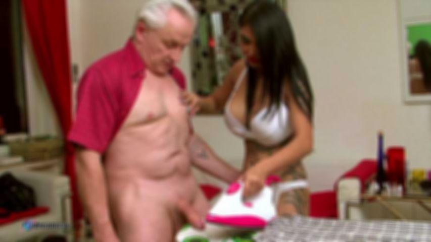 Kim XXX Sexy Housekeeper Ironing Handjob
