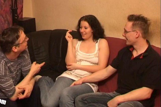 Teen Michaela´s first threesome