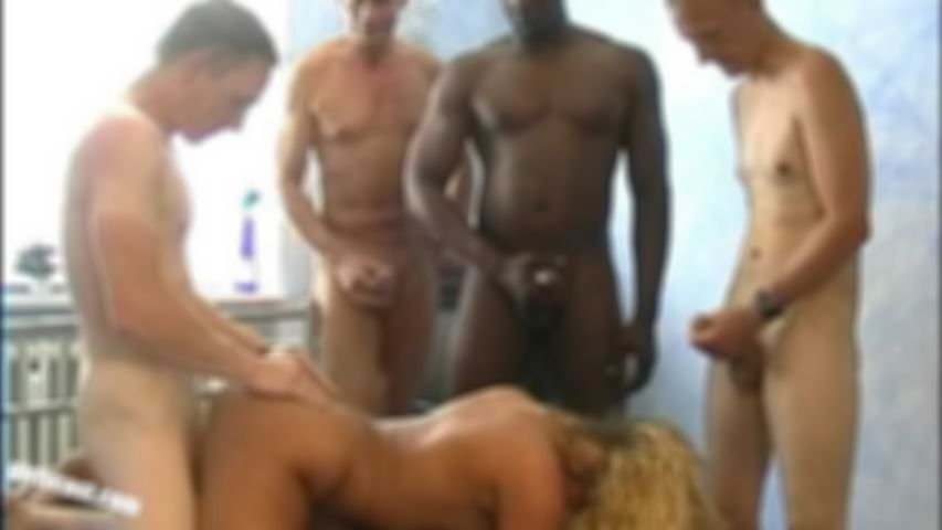 Cora´s privater Gangbang inkl. BBC - Part 2