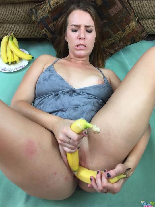 Food Freak Alisha Adams Fucking Bananas