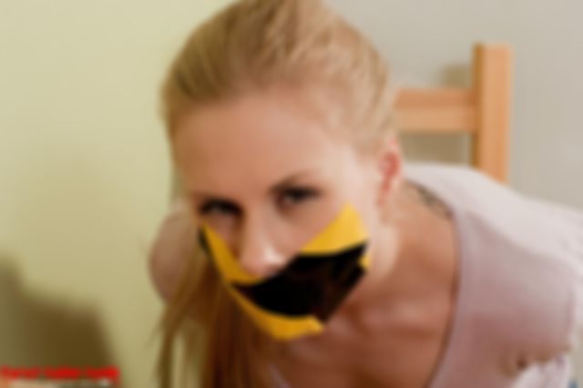 DONNA SPECIAL TAPEGAGGED