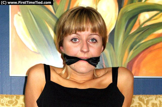 ANKI TIED UP IN JEANS AND CLEAVE GAGGED ON THE SOFA