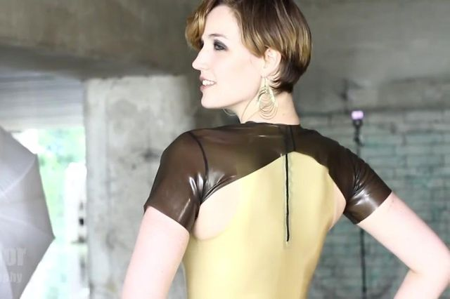 Luna Latex Video