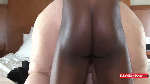 SQUIRTING FOR DUMMIES 2 - NIKKI CAKES Clip 4
