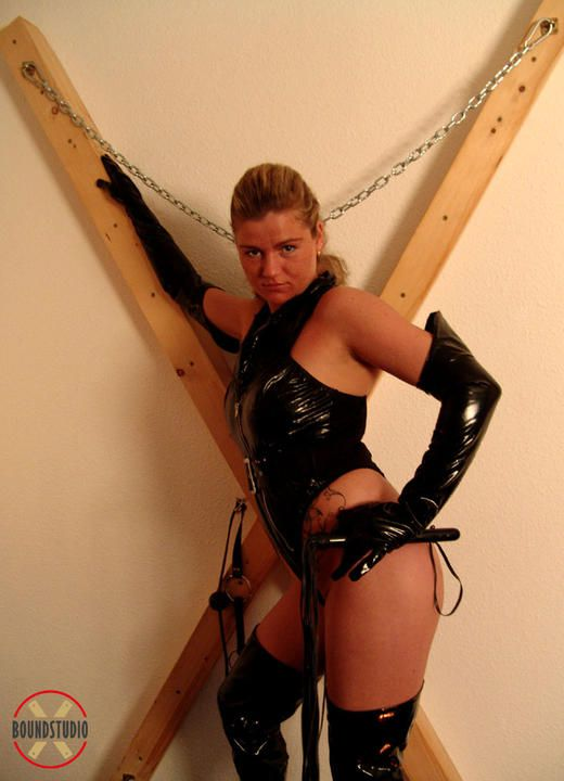 Justine in black lace