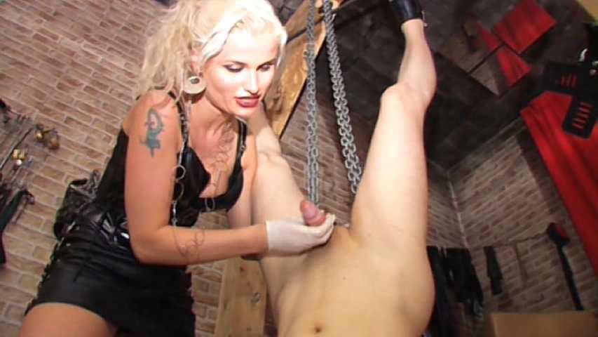 Syonera von Styx - Sklave Schmerzschwein