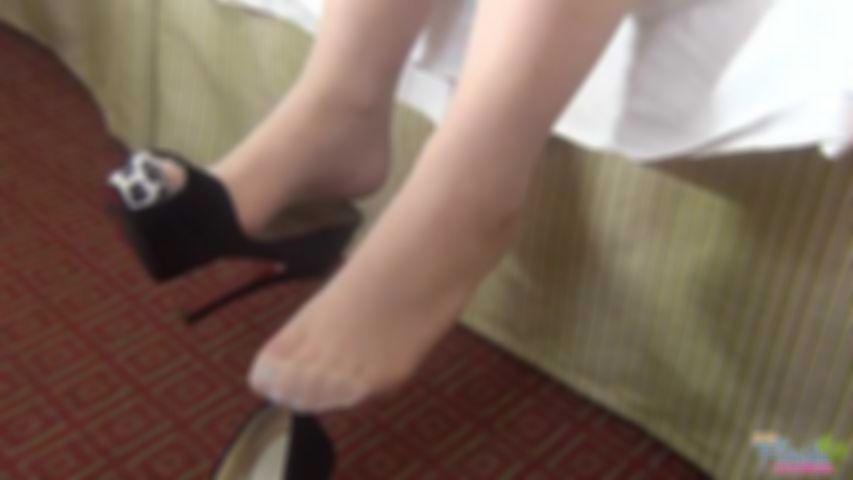 Lola Bella Shoe Dangle