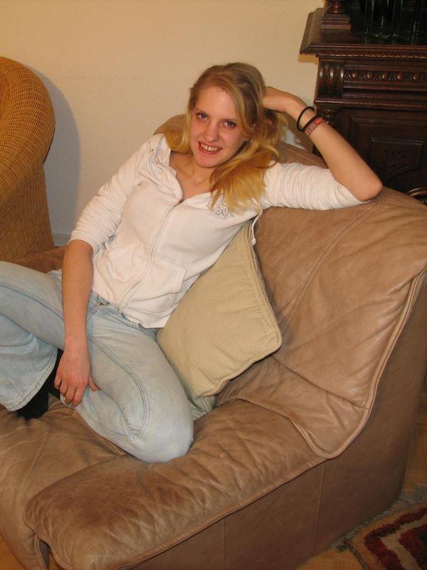 Kati photoshoot stripping, hot pinkshot & blowjob
