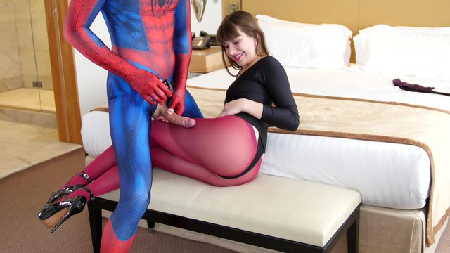 136 Luna Rival Fetish about Nylon Lesson