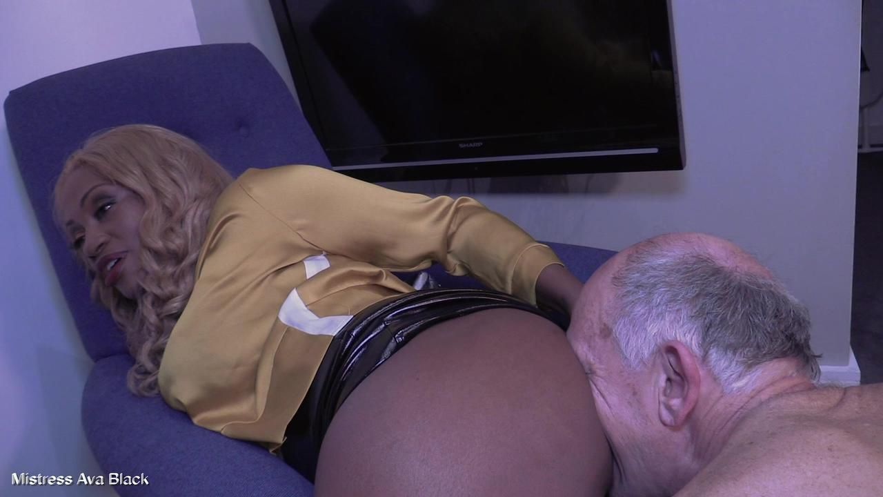Greedy for black cock - Full clip