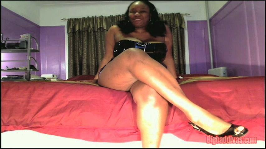 Triple E Diva 1st Webcam Show