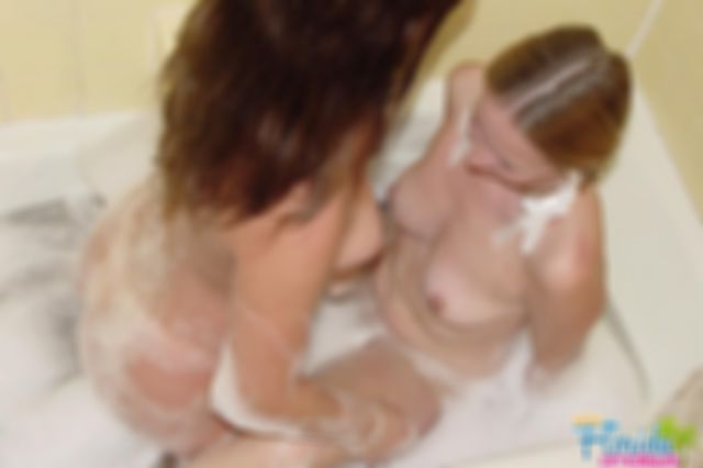 Teen Chynna And Sweet Candy Take A Bath Together