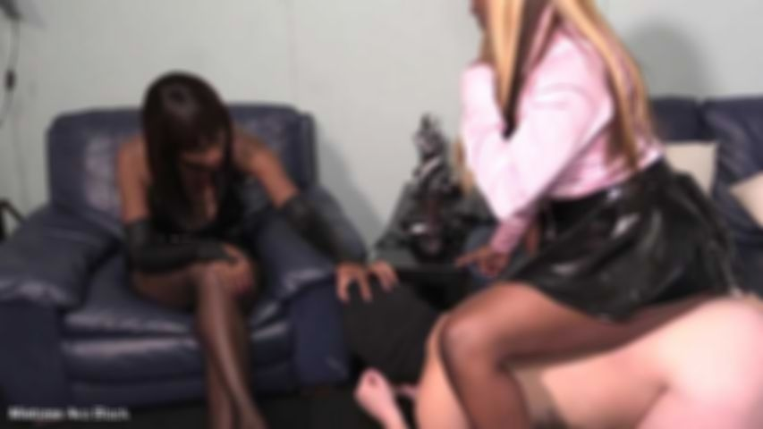 The domestic fuck cushion - Full clip