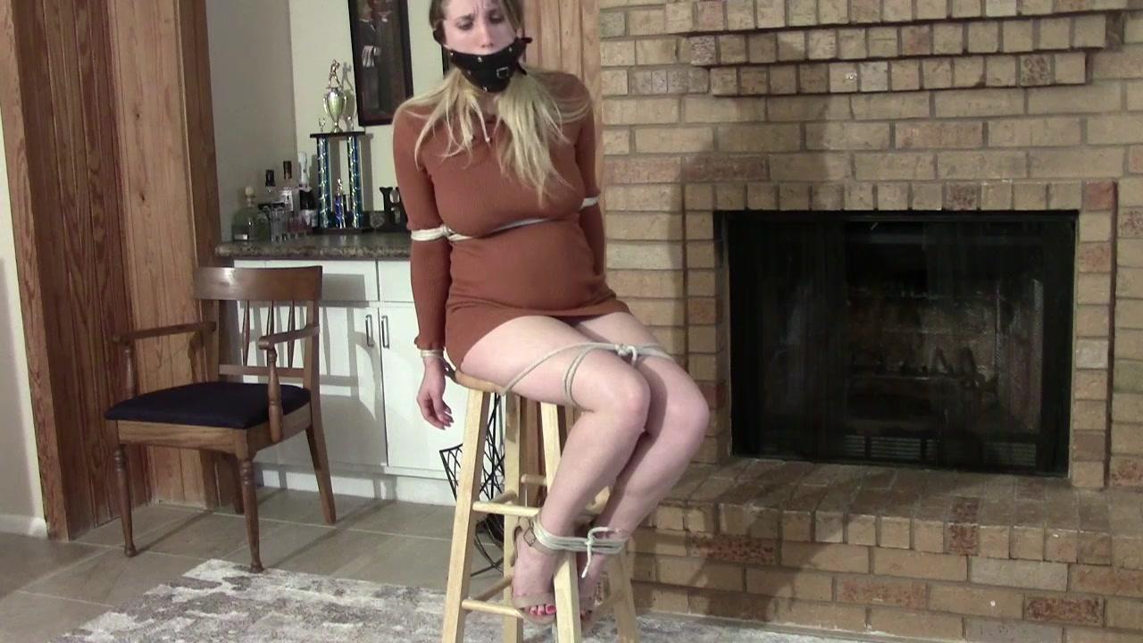 Rachel Lilly's Bondage Punishment 7