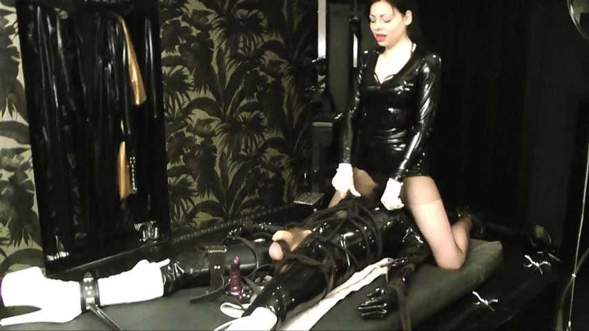 Lady Ashley  -  Deviant Part1