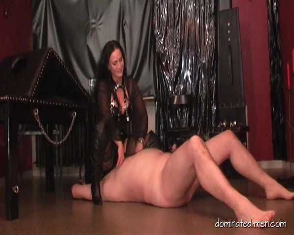 Lady Manuela - A Hard Session for My Slave