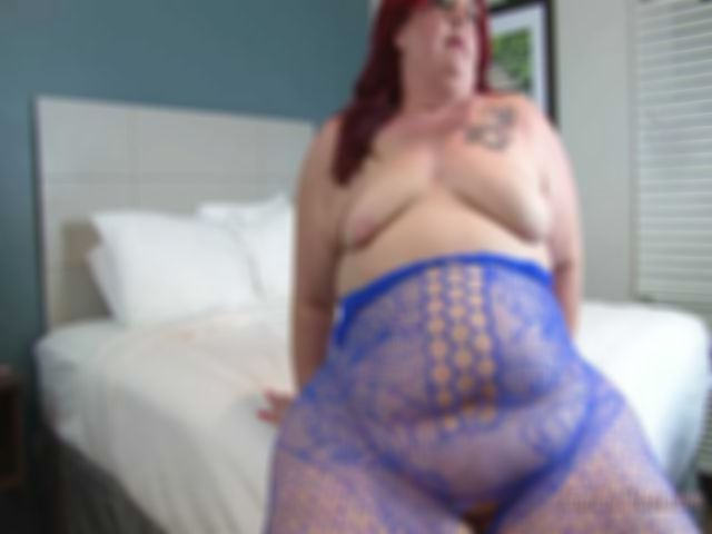 SQUIRTING FOR DUMMIES - NIKKI CAKES