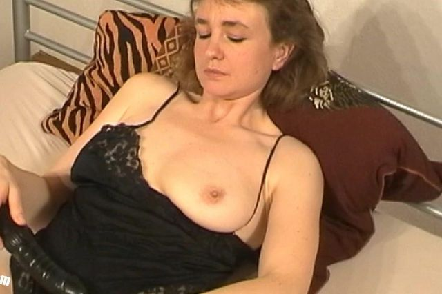 Doris Casting - Black dildo