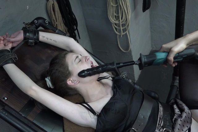 Anita and the fucking saw