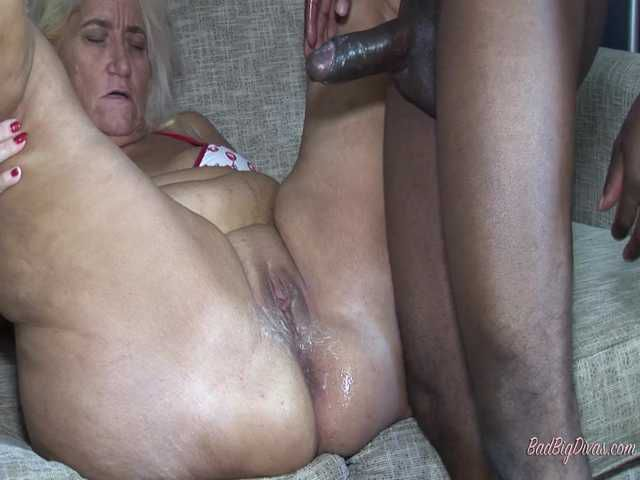 Amber Conners in Cougars on the Prowl Part 4
