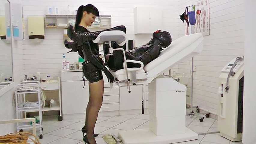 Fucked on the gynecological chair