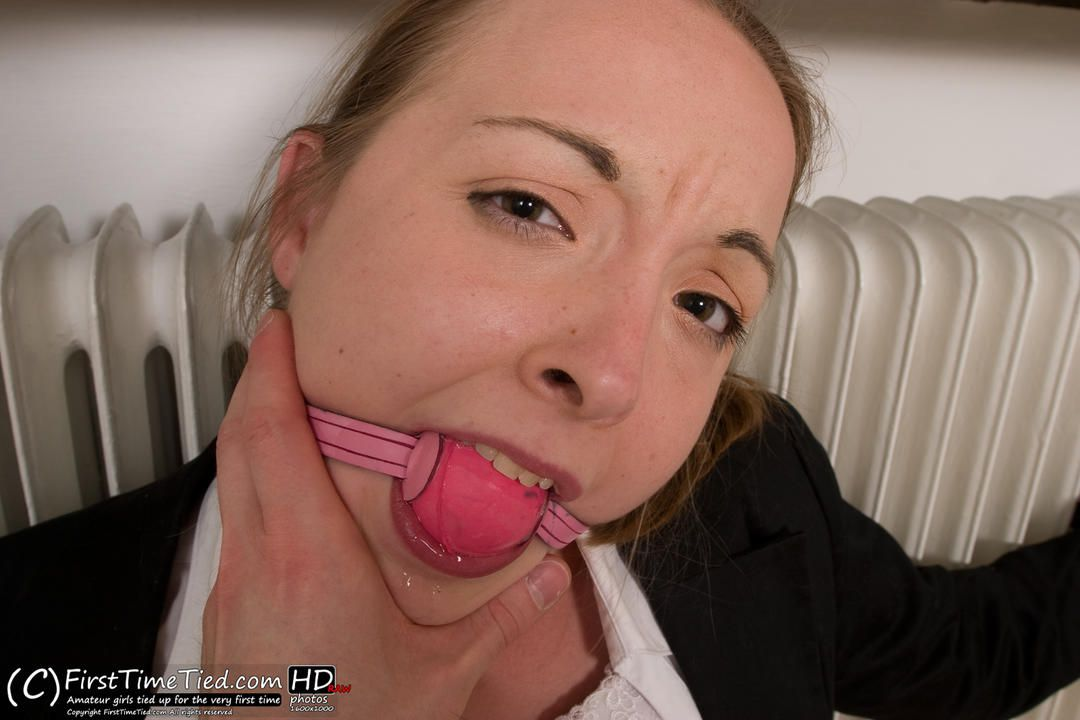 Marie the secretary tied up to the radiator and dominated - 3
