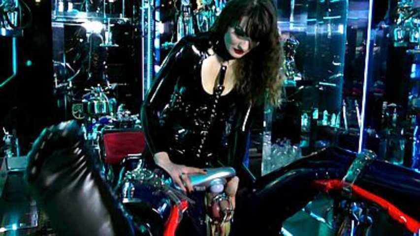 Lady Lilith - Holly, mein RubberToy Part2